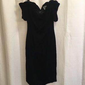 80s Black Velvet Prom Dress Scalloped 6